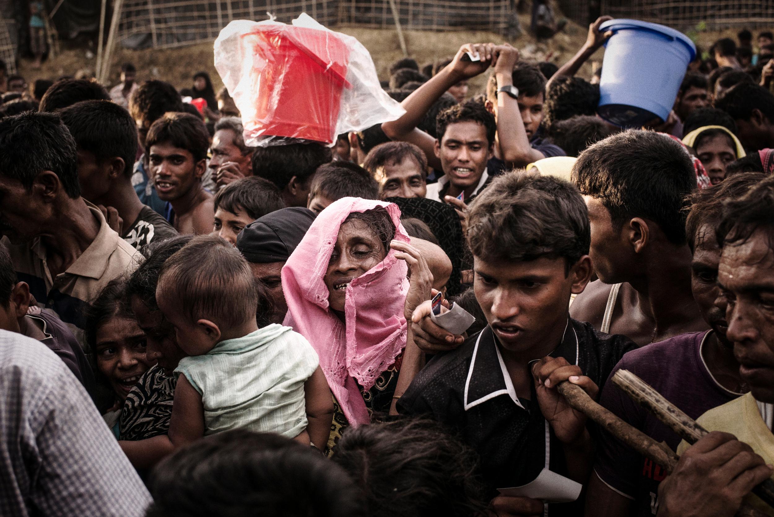CAMPS AU BANGLADESH : « NOUS NE SOMMES PAS SORTIS DE L'URGENCE EN TERMES DE SANTÉ PUBLIQUE »